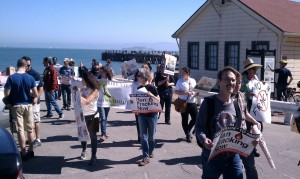 Activists march to the Golden Gate bridge