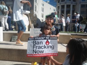 Tayelyn and Elise Hill say no to fracking.