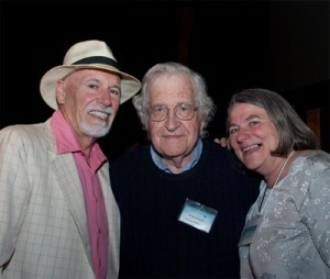 Global Exchange Noam Chomsky (c) with Global Exchnage Co-founders Kevin Danaher (l) and Kirsten Moller (r)